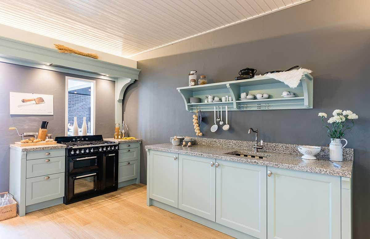 Landelijke Keukens Showroom : Landelijke keukens op maat keukenstudio regio oost
