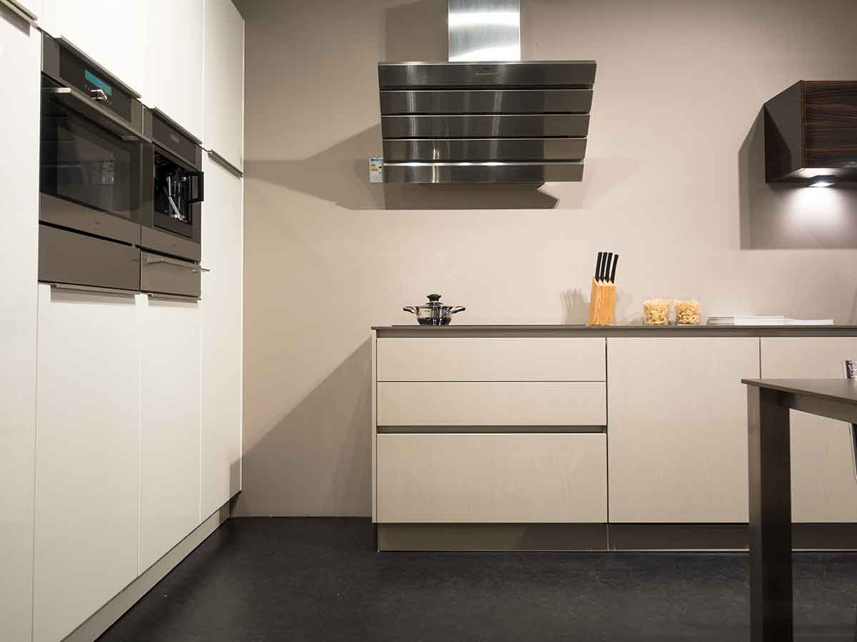 Design Keukens Showroommodellen : Rempp design keuken showroommodel keukenstudio regio oost