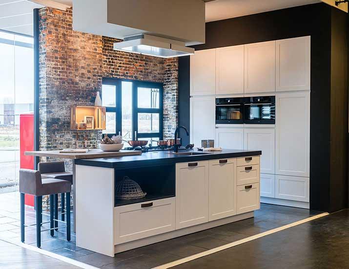 Landelijke moderne keuken in dutch design keukenstudio regio oost
