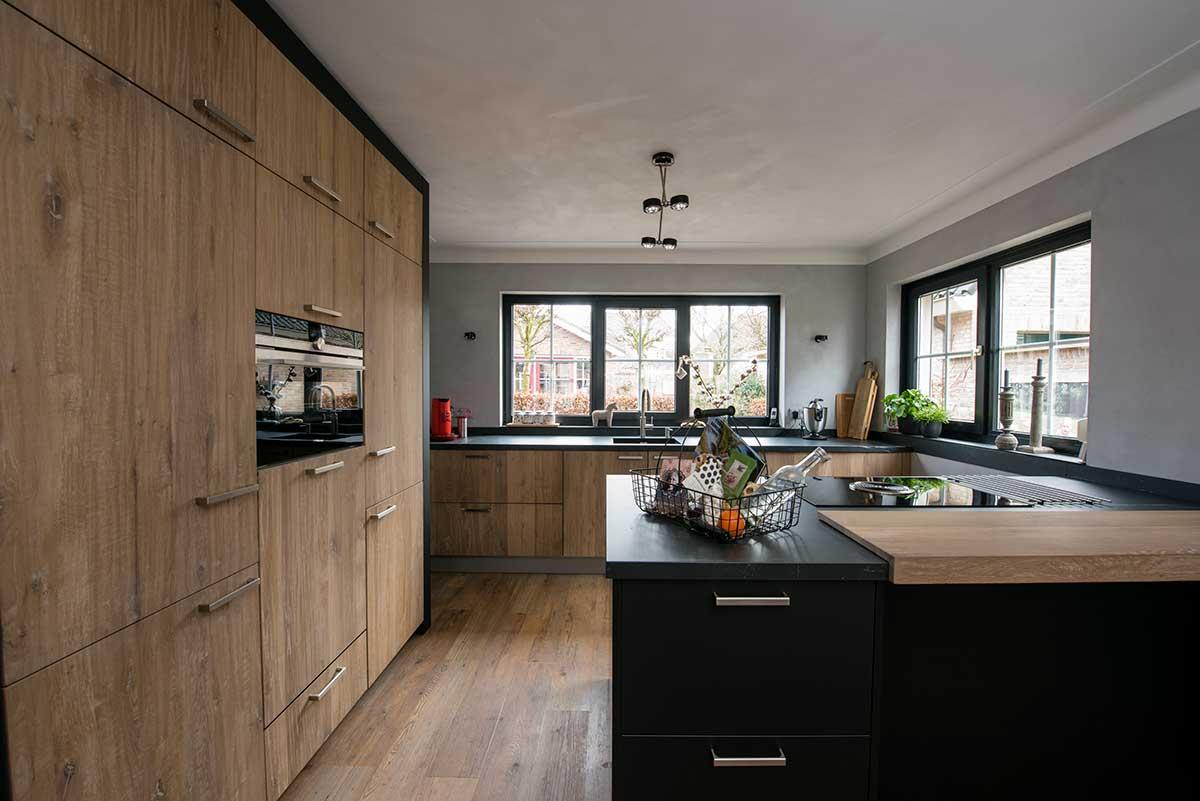 De Eikenhouten Keuken : Massief eikenhouten keuken keukenstudio regio oost